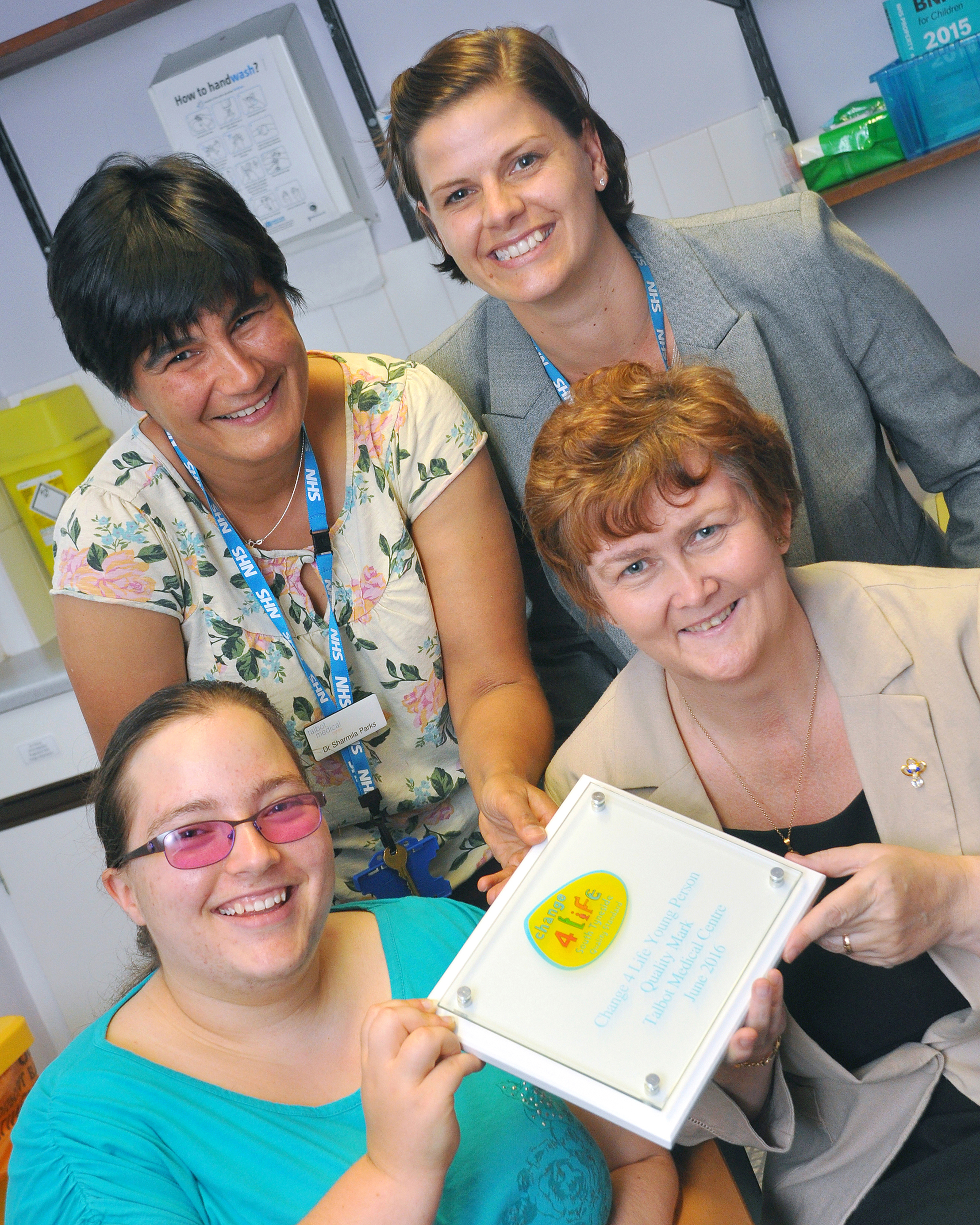 Local schools, voluntary sector and workplaces recognised for their commitment to promoting health and wellbeing